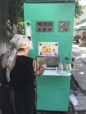 flavoured carbonated water dispenser 水果口味碳酸水攤販